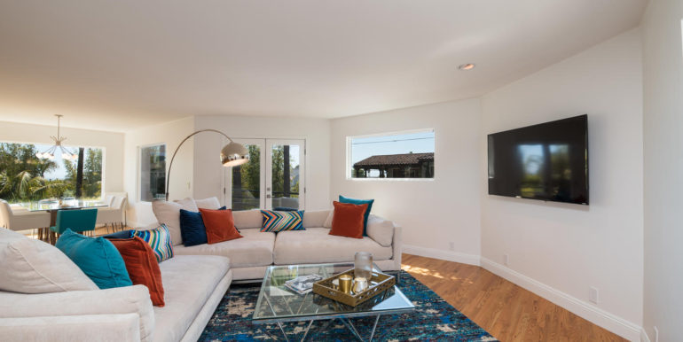269 Windward Ave Pismo Beach-large-010-20-Living Room-1499x1000-72dpi