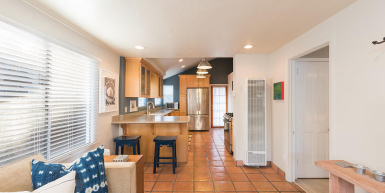 350 Boeker Ave Pismo Beach CA-large-023-27-Living RoomKitchen-1499x1000-72dpi