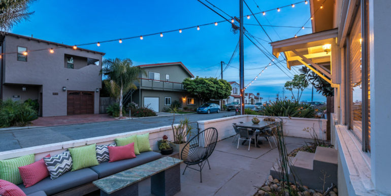 350 Boeker Ave Pismo Beach CA-large-055-51-View from Courtyard-1499x1000-72dpi