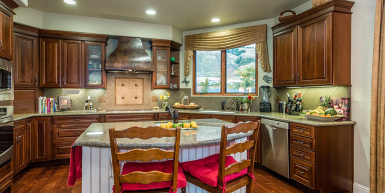 288 Windward Ave Pismo Beach-022-20-Kitchen-MLS_Size
