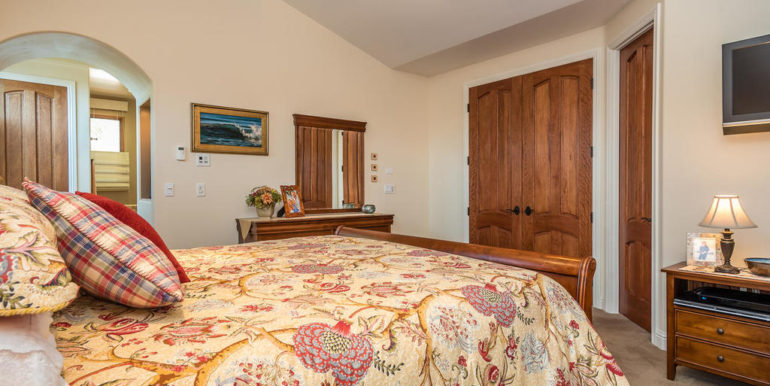 288 Windward Ave Pismo Beach-029-29-Master Suite-MLS_Size