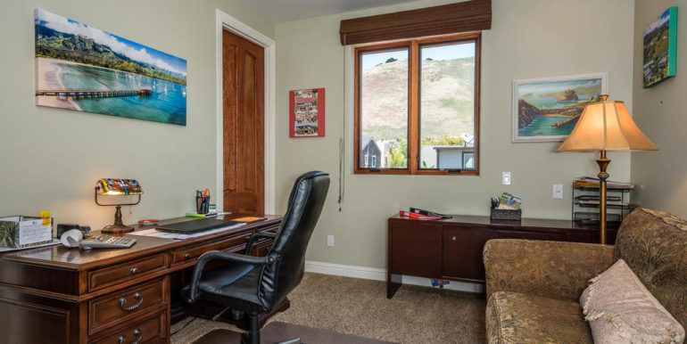 288 Windward Ave Pismo Beach-032-17-Bedroom Two En Suite-MLS_Size