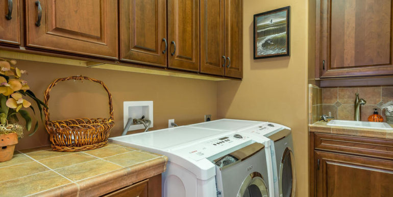 288 Windward Ave Pismo Beach-044-21-Laundry Room-MLS_Size