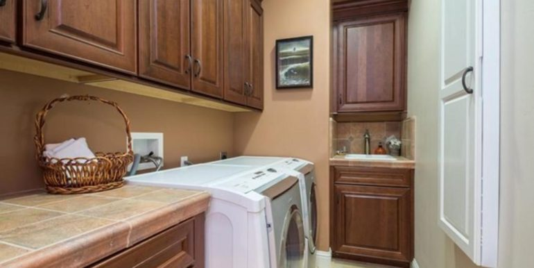 288 Windward Ave Pismo Beach-045-68-Laundry-MLS_Size