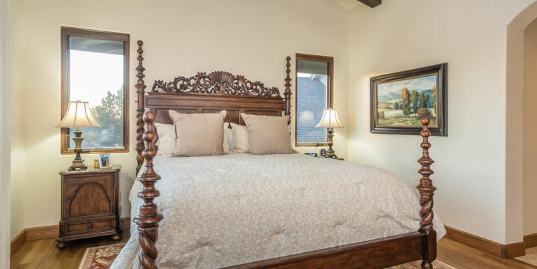 316 Windward Ave Pismo Beach-025-57-Master Suite-MLS_Size