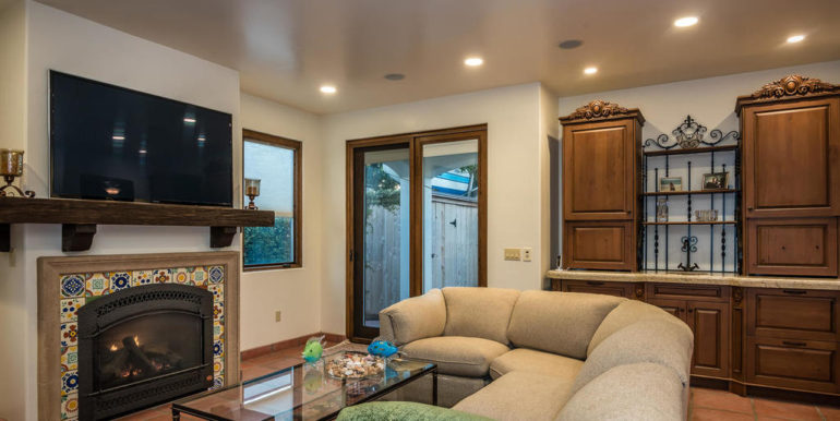 316 Windward Ave Pismo Beach-033-32-Family Room-MLS_Size