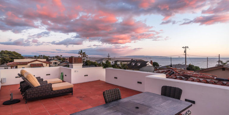 316 Windward Ave Pismo Beach-055-52-Rooftop Deck-MLS_Size