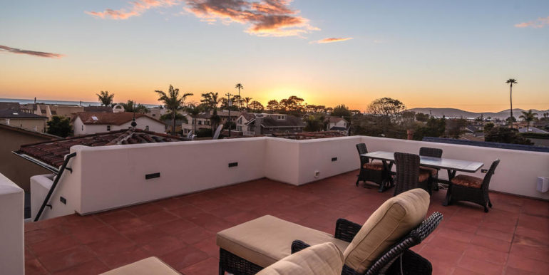 316 Windward Ave Pismo Beach-056-22-Rooftop Deck-MLS_Size