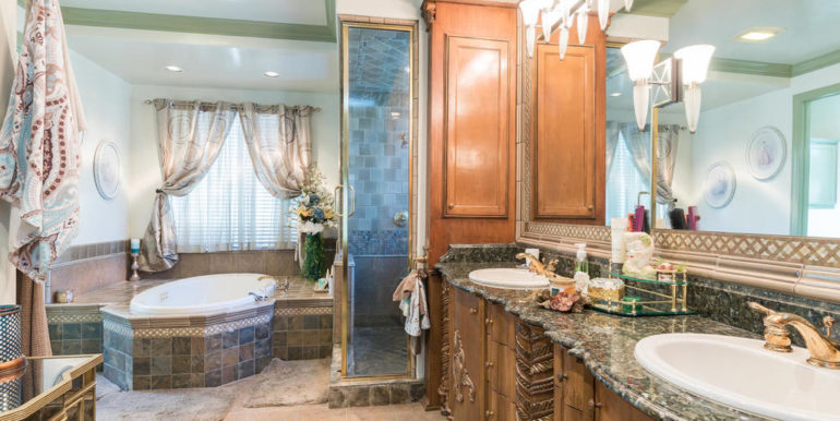 675 Golden Grove Place Arroyo-024-37-Master Bath-MLS_Size